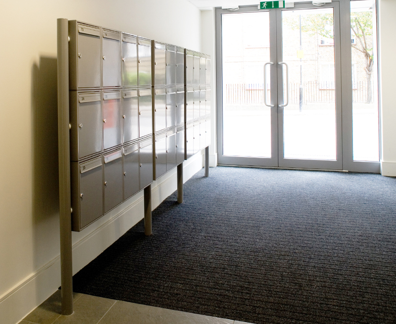 Freestanding Steel 1 Mailboxes