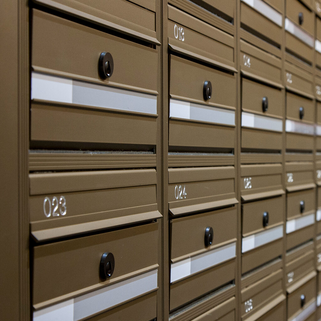 black-mailbox-lock